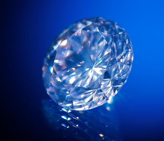 钻石的荧光
